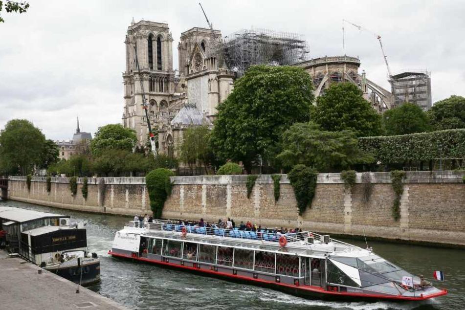 Wie lange dauert der Wiederaufbau der Pariser Kathedrale Notre-Dame?