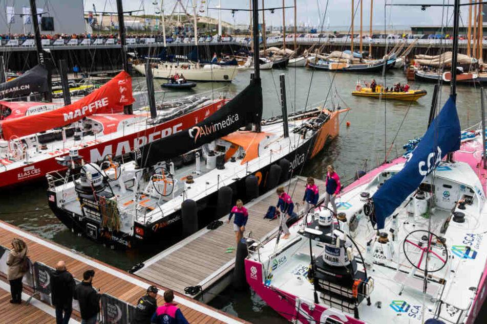Todesdrama bei Segelregatta: Zuschauer ertrinkt nach Kollision zweier Boote