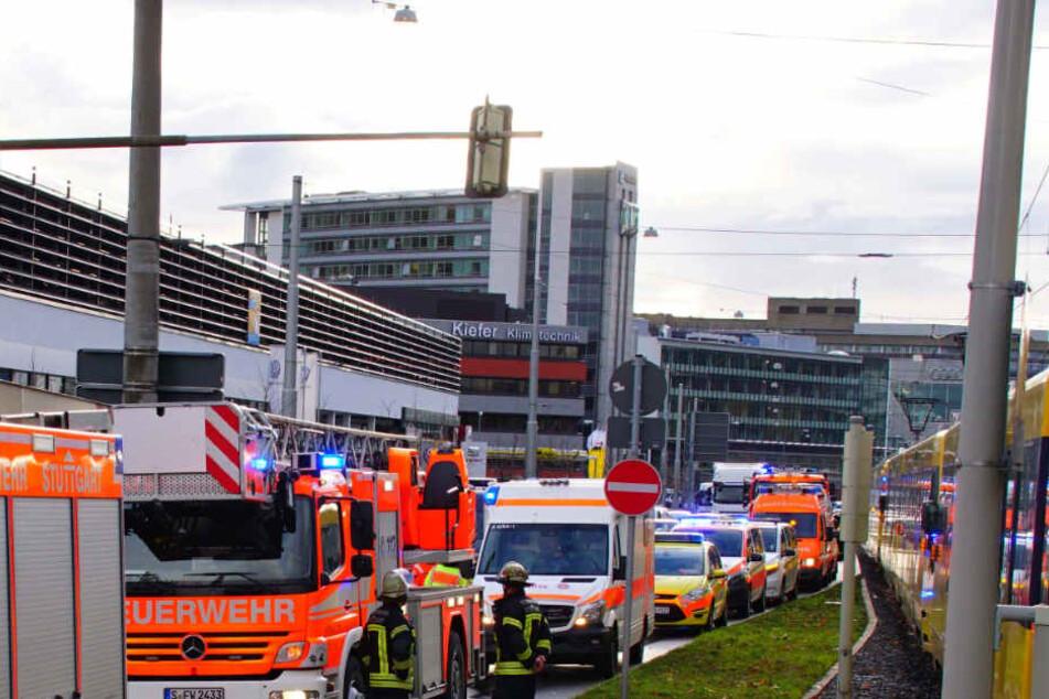 Es kam in der Umgebung des Unfalls zu Verkehrsbehinderungen.