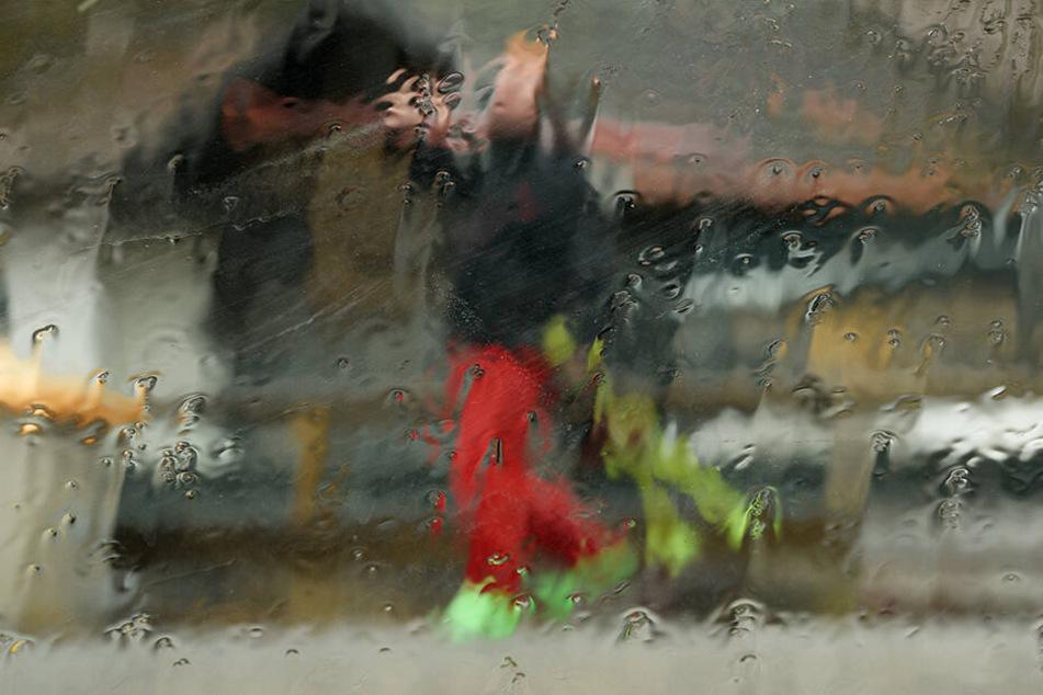 In den Bayrischen Bergen hat Tauwetter eingesetzt, teilweise kommt der Regen aus gefühlt allen Richtungen.