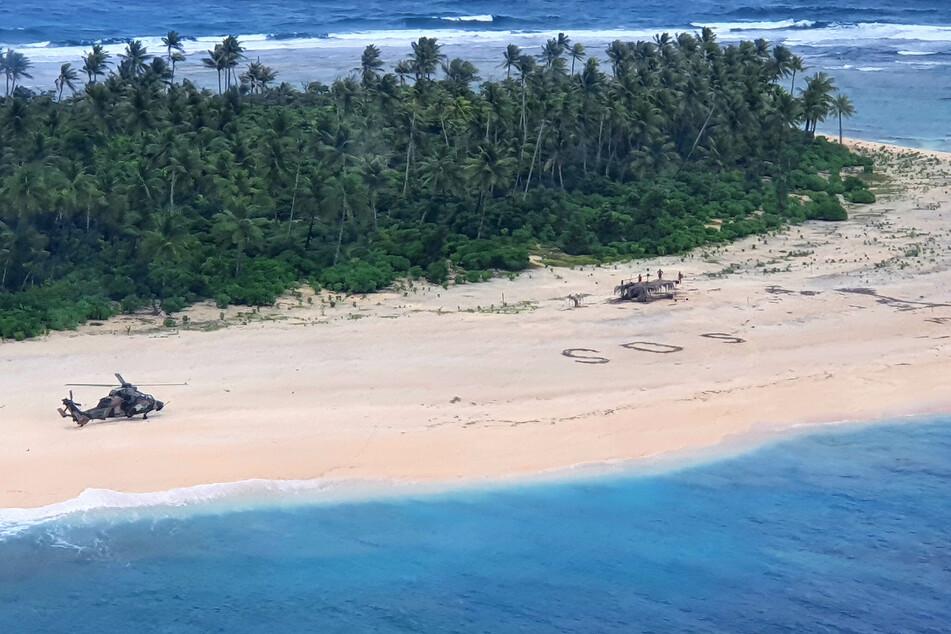 Dank SOS-Zeichen im Sand: Segler von einsamer Insel gerettet