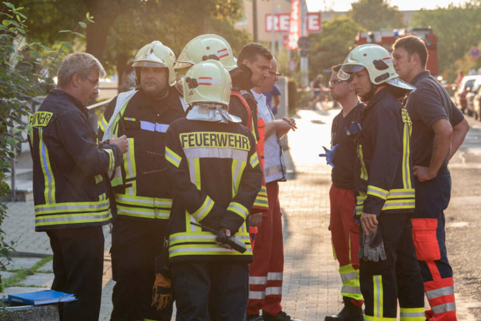 Feuerwehren aus dem kompletten Umland mussten anreisen.