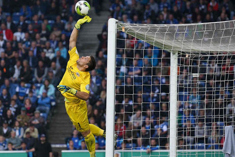 Auch wenn die Partie gegen Fortuna Düsseldorf verloren ging, Ortega hielt überragend.