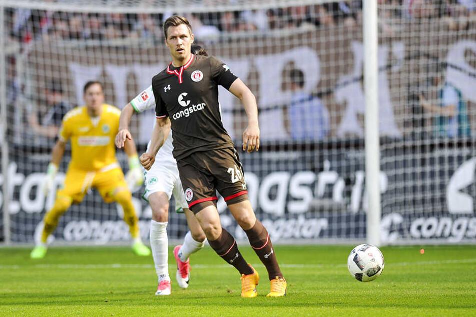 Für den FC St. Pauli lief der 30-Jährige bereits als Kapitän auf.