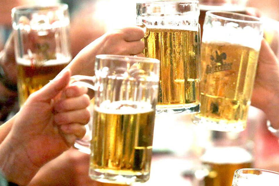 In geringer Dosis ist Bier gar nicht so schädlich wie gedacht.