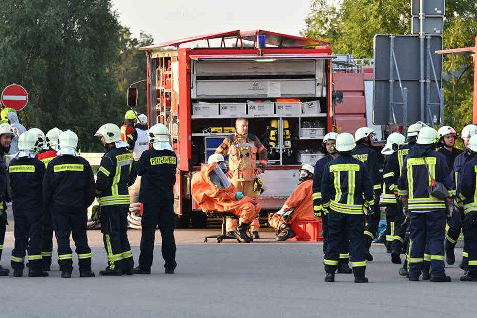 An der Absicherung der Unglücksstelle waren zeitweise mehr als 200 Feuerwehrleute beteiligt.