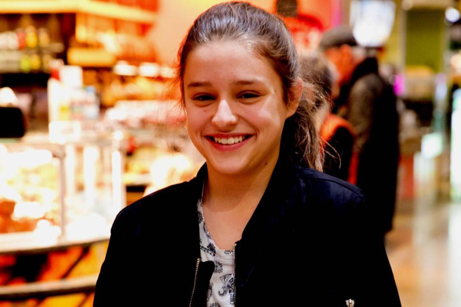 Anne (12).