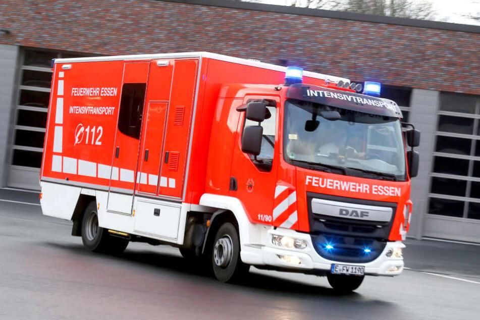 Die Anschaffungskosten für einen Schwerlast-Rettungswagen liegen bei etwa 300.000 Euro.