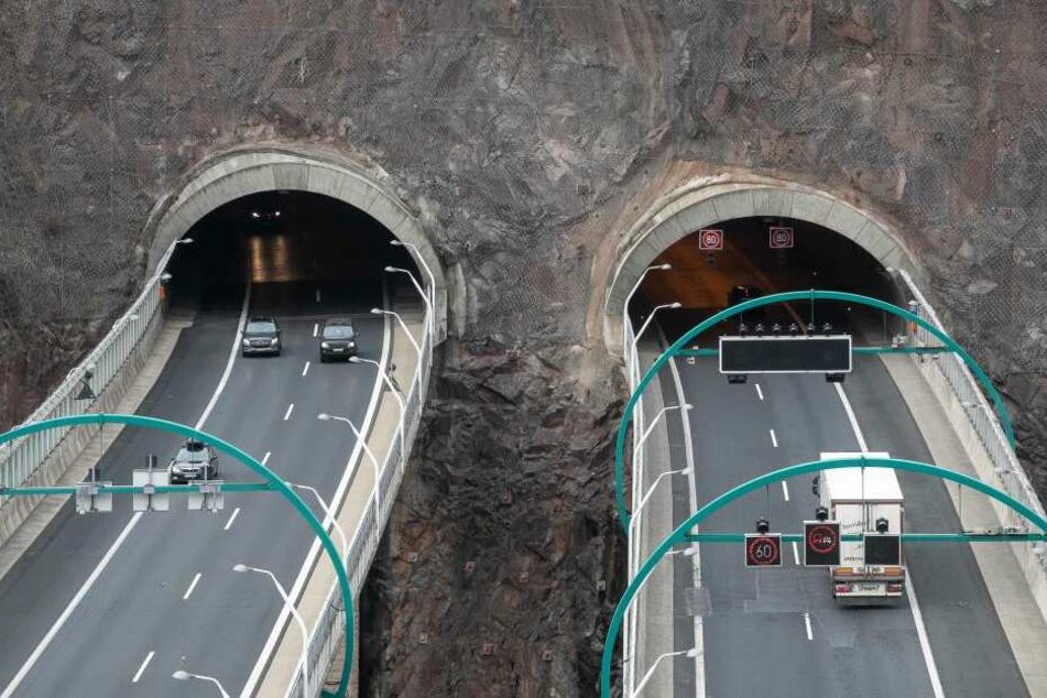 Blick auf die Tunnel auf der A17. (Archivbild)