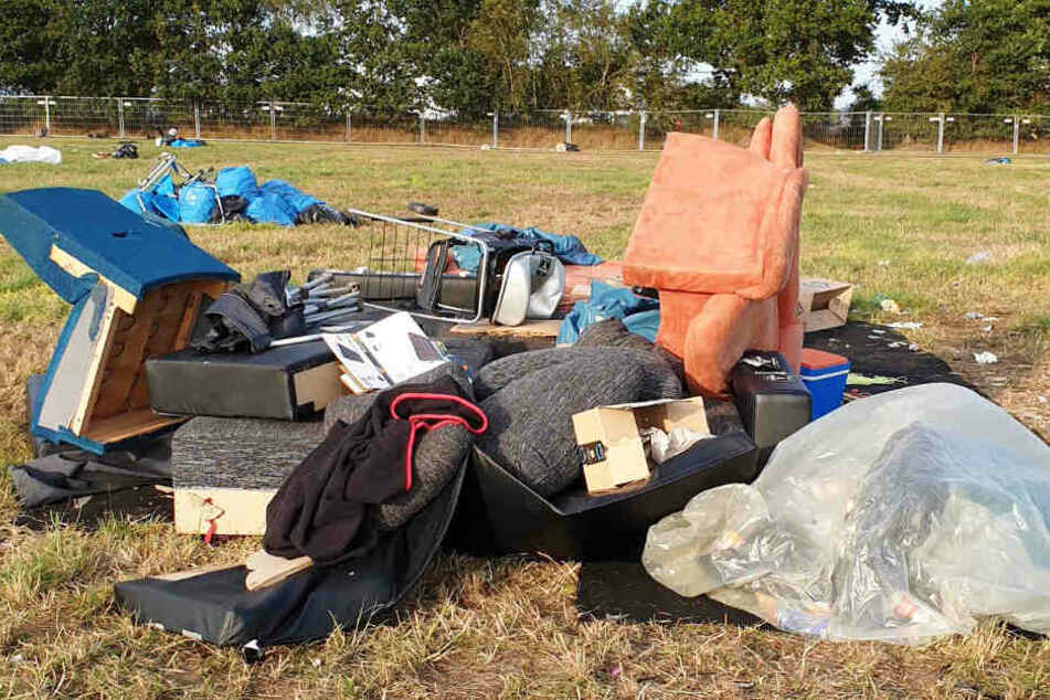 Ein Monument der Schande haben Wacken-Besucher auf dem Zeltplatz hinterlassen.