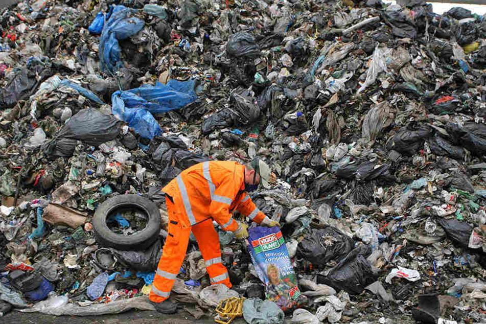 Schon seit etlichen Jahren landet auf der Deponie Cröbern bei Leipzig auch italienischer Müll.