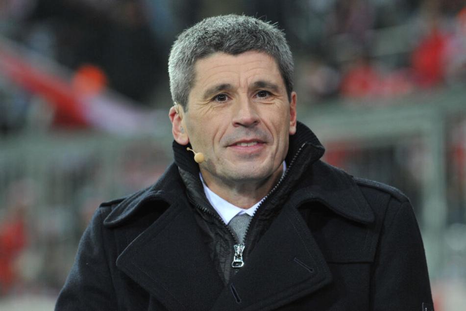 Markus Merk (57) wundert sich über die Probleme mit der neuen Handspielregel in der Bundesliga (Archivbild).