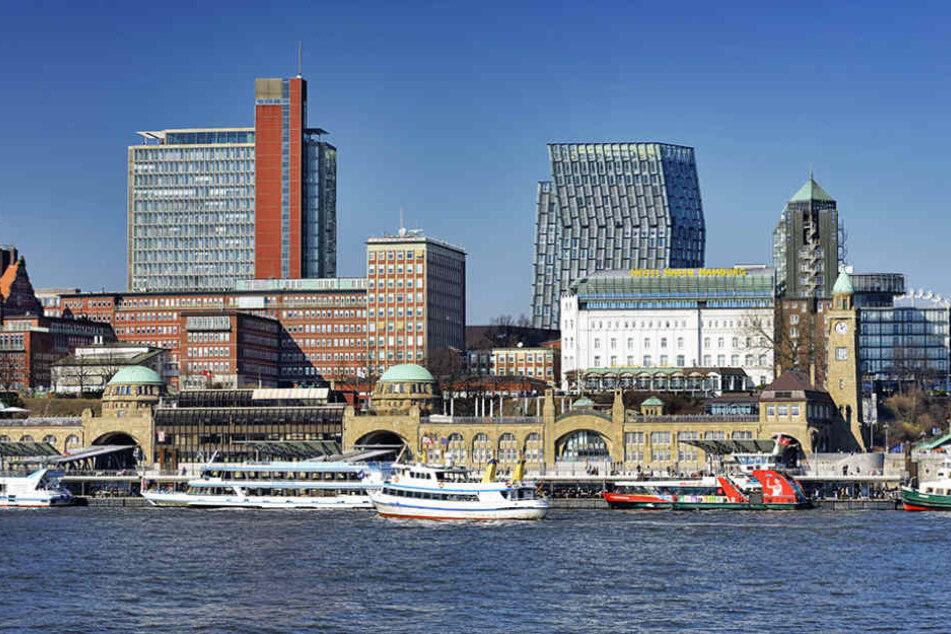 In Hamburg ist ein Einbrecher aus dem Hotelfenster gefallen.