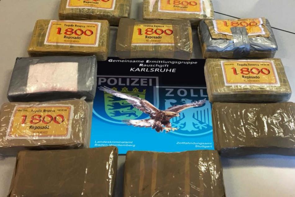 Elf Kilogramm Kokain wurden sichergestellt. Auf der Straße hat es einen Verkaufswert von einer Millione Euro.