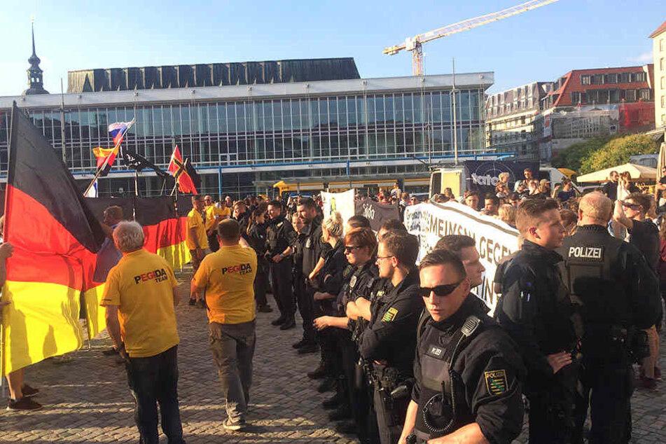 Auch Leipziger stellen sich Rechten bei PEGIDA-Jubiläum in den Weg