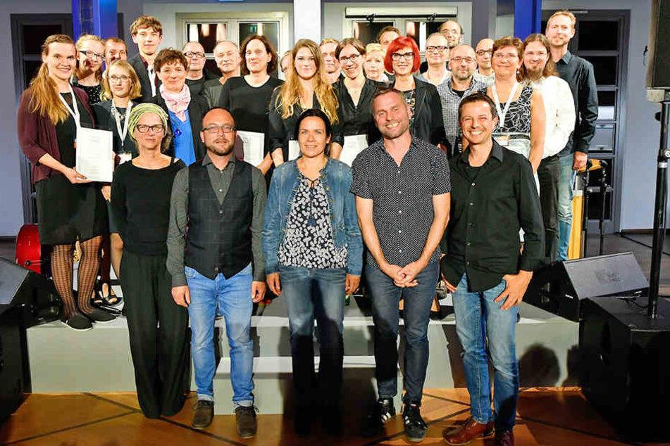 Die glücklichen Gewinner des Abends. Der MDM zeichnete insgesamt 21 Filmtheater in Sachsen, Sachsen-Anhalt und Thüringen aus.