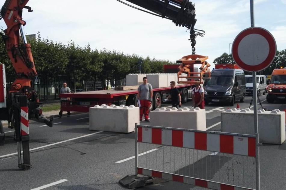 In der Innenstadt wurden am Freitagvormittag die Nizza-Sperren errichtet. Hier gibt es für Autofahrer kein Durchkommen mehr.