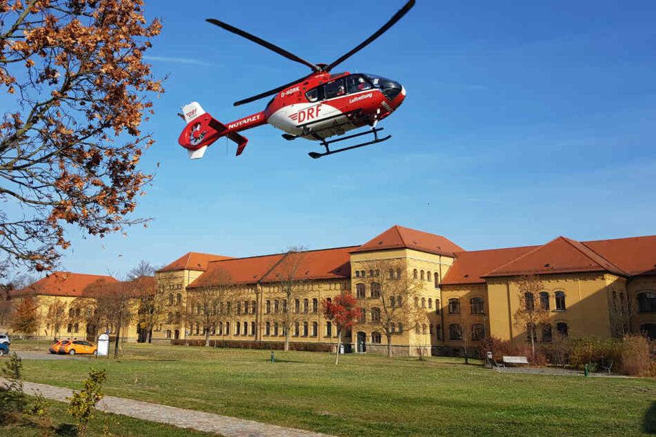 Der schwer verletzte Mann kam per Rettungshubschrauber ins Krankenhaus.