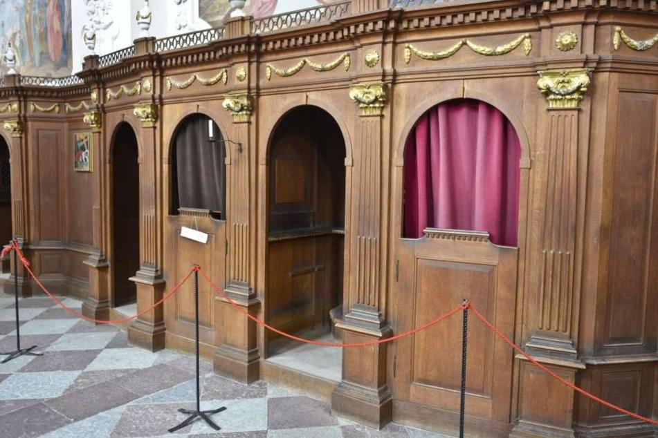 In Oberfranken hat jemand sein Geschäft in einem Beichtstuhl verrichtet. (Symbolbild)
