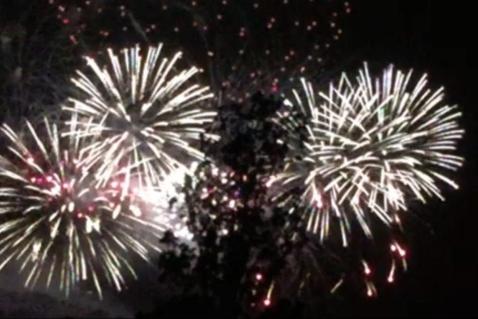 So sah das Feuerwerk von der Terrasse der Kunsthalle aus.