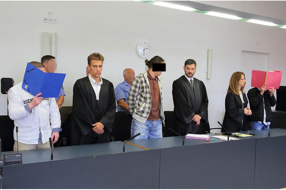 Die drei Angeklagten erhielten allesamt Haftstrafen wegen Brandstiftung.