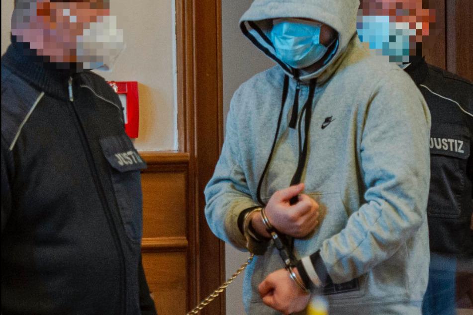 Prozess gegen mutmaßliche Drogendealer am Landgericht Erfurt beginnt