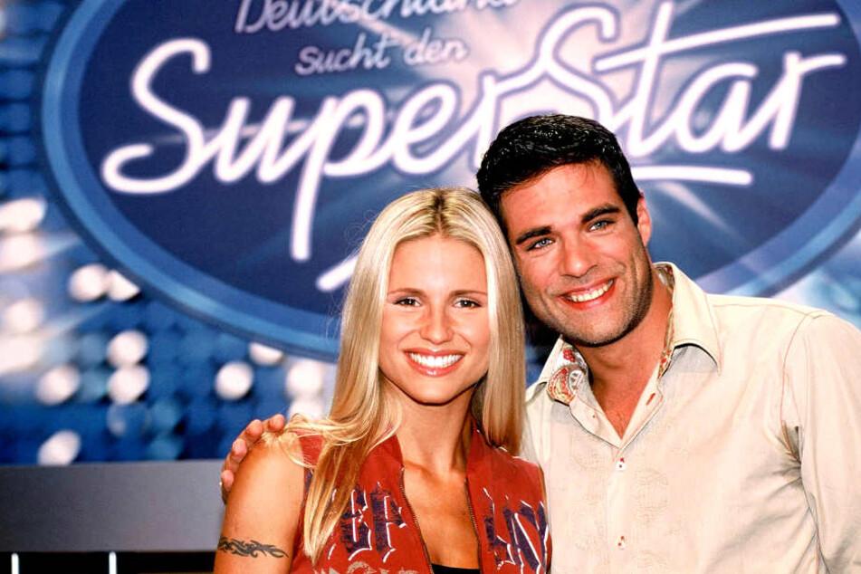 """An der Seite von Michelle Hunziker (heute 41) moderierte er die ersten beiden Staffel """"Deutschland sucht den Superstar""""."""
