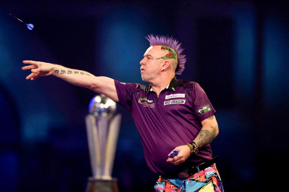 Finale der Darts-WM: Peter Wright besiegt den Titelverteidiger
