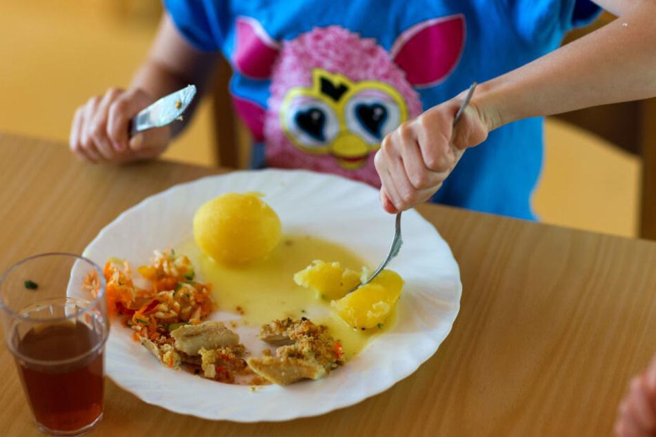 Hautausschlag nach dem Mittagessen: Die Kripo ließ Essensproben nehmen.