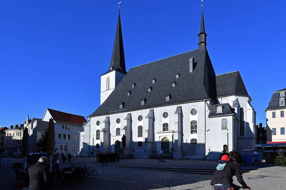 Die Herderkirche in Weimar wurde aufwändig saniert, doch zahlreiche andere Kirchen im Freistaat sind noch stark baufällig.