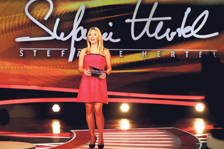 """Bei Stefanie Hertels (38) """"Meine Stars"""" dürfen die Darsteller das erste Mal  im Fernsehen zeigen, was sie können."""