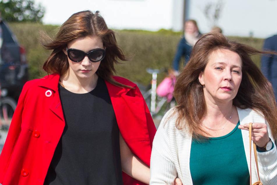 Natahlie Volk (links) war bei früheren Prozessterminen gegen ihre Mutter als Zeugin geladen.