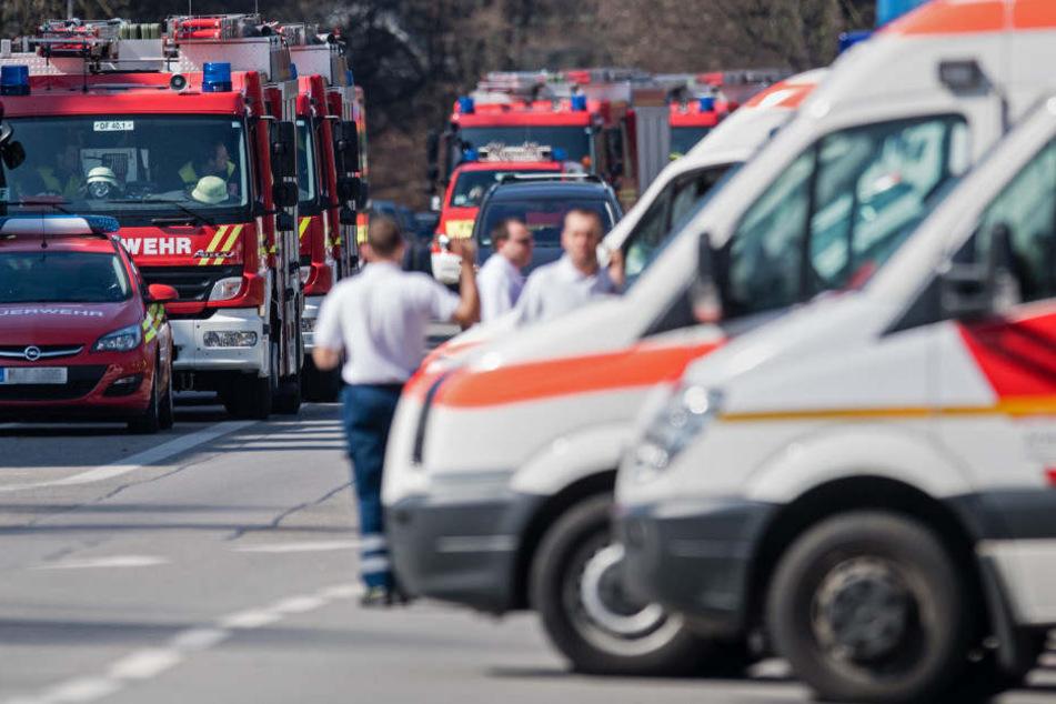 In Passau mussten die Rettungskräfte zu einem Großeinsatz ausrücken. (Symbolbild)