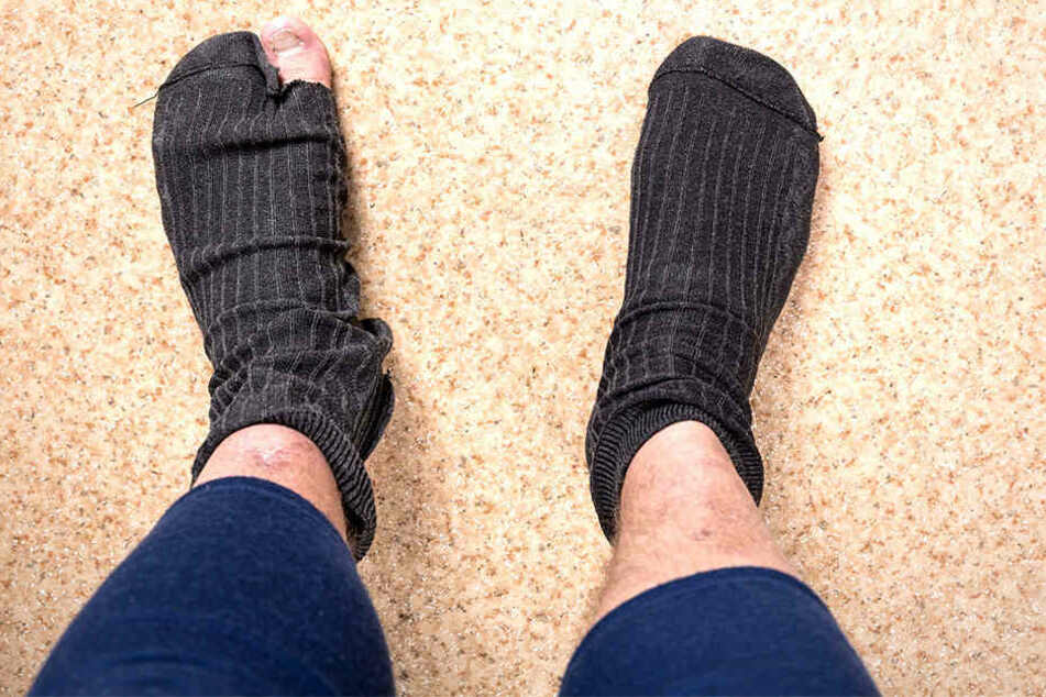 Wegen seiner stinkenden Socken wurde ein Mann festgenommen.