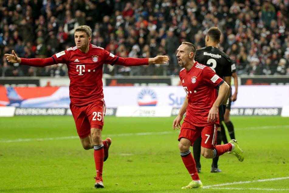 Thomas Müller hat auf die Vorwürfe gegen seinen Kollegen Franck Ribéry reagiert.