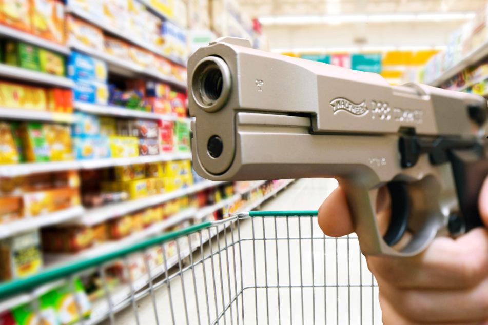 Raubüberfall in Kassel mit Schusswaffe und Elektroschocker