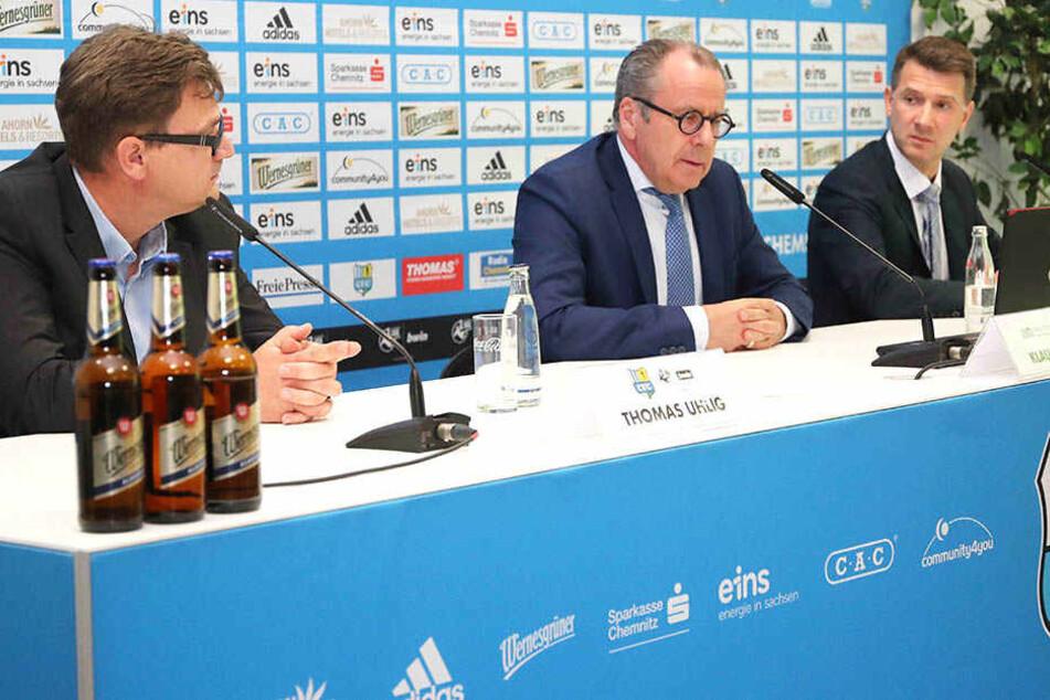 Was passiert nun beim Chemnitzer FC? Geschäftsführer Thomas Uhlig (l), Insolvenzverwalter Klaus Siemon und der Vorstandsvorsitzende Andreas Georgi sind gefragt.