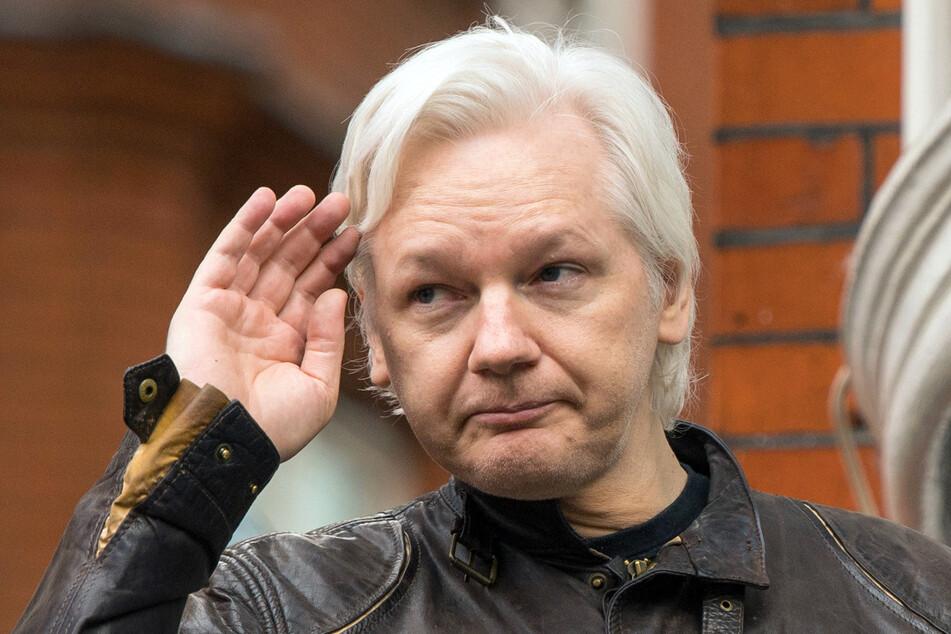 Dem Wikileaks-Gründer Julian Assange (50) wurde nun die ecuadorianische Staatsbürgerschaft entzogen - angeblich wegen verwaltungsrechtlicher Fehler.
