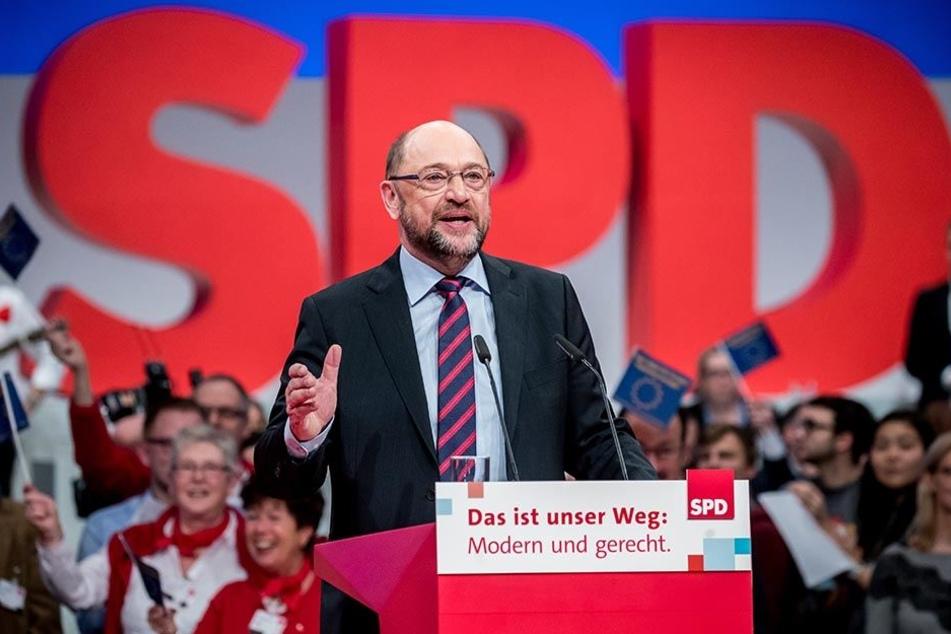 SPD-Bundesparteitag am 9.12.2017 in Berlin: Der SPD Vorsitzende Martin Schulz spricht zum Ende des Parteitags.