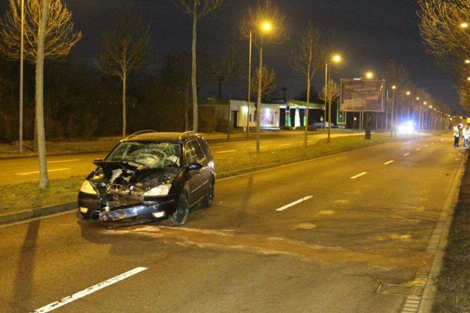 In Leipzig-Paunsdorf ereignete sich in der Nacht zu Samstag ein schwerer Unfall.