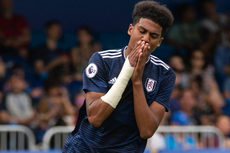 Cody Drameh steht aktuell beim FC Fulham unter Vertrag.