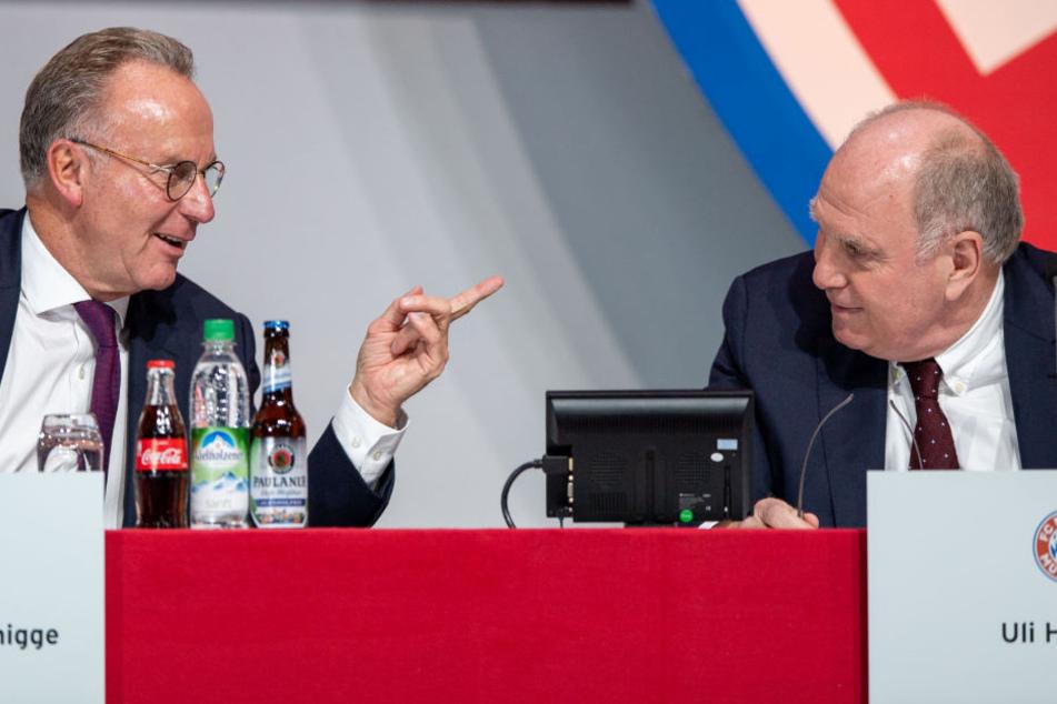 Karl-Heinz Rummenigge (l.) und Uli Hoeneß (r.) mussten sich Kritik gefallen lassen.