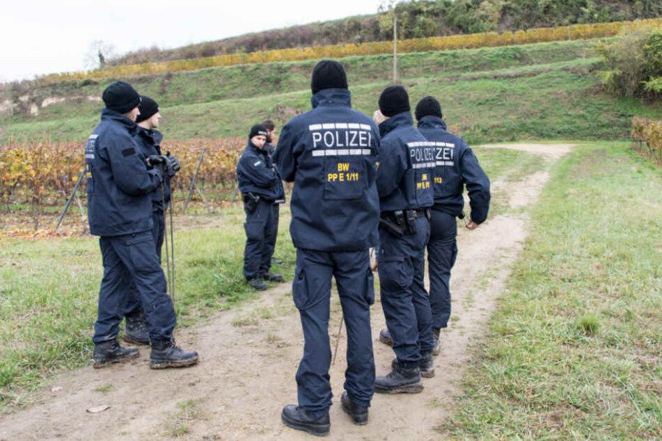 Die Polizei bei ihrer damaligen Suche nach der verschwundenen Joggerin (Archivbild)