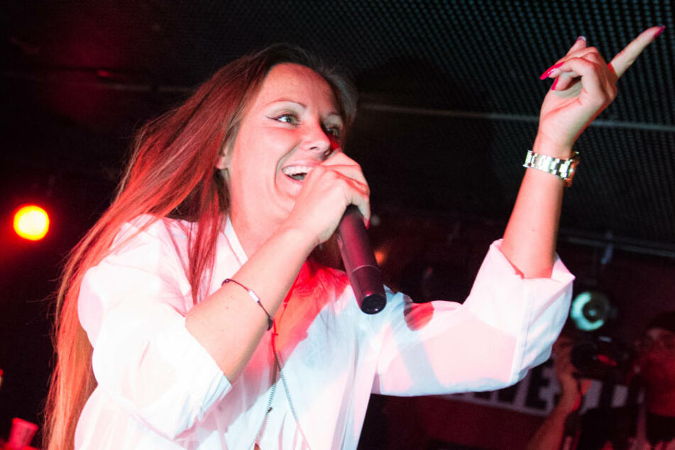 Die Diss-Tracks ihres ehemaligen Rapper-Kollegen Toony ringen Ewa höchstens ein müdes Lächeln ab.
