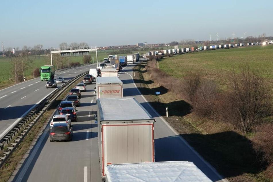 Donnerstagmittag staute sich der Verkehr auf der A14.