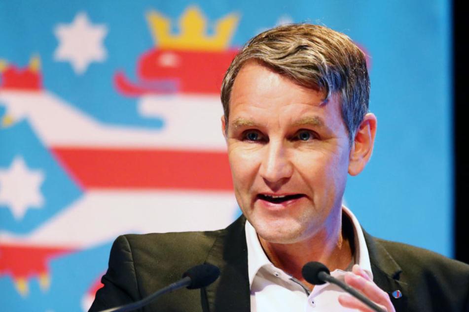 Streit um AfD-Jugend: Rechtsaußen Björn Höcke schießt gegen die Parteispitze