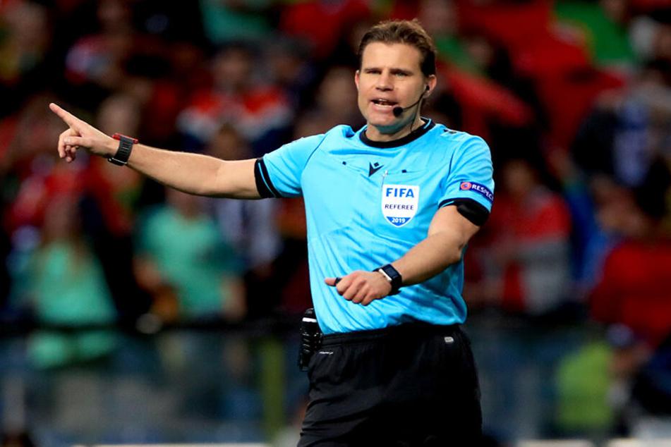 """Ist absofort nicht mehr """"Luft"""". Schiedsrichter Felix Brych."""