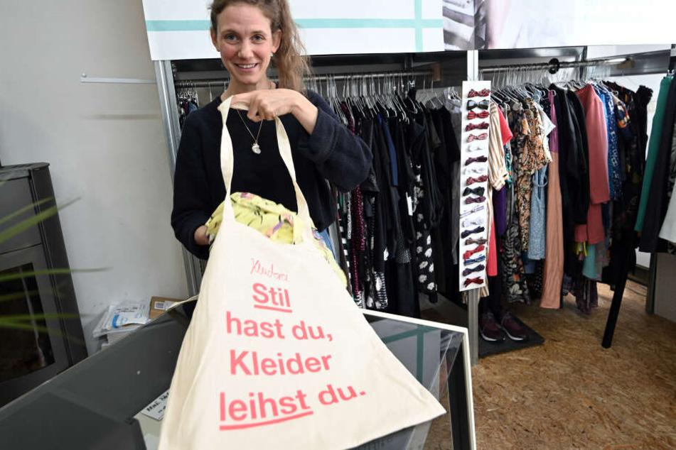 Die Kleiderei von Lena Schröder bietet eine Flatrate für das Ausleihen von Kleidung.