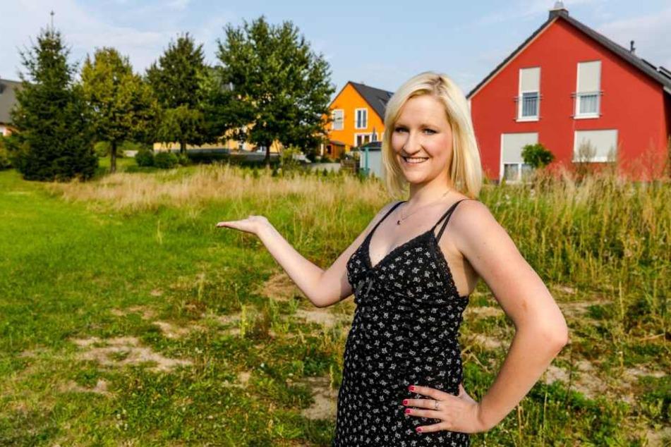 Schlagersternchen Patricia Larraß  träumt vom Häuschen auf dem Land und zieht dafür bald nach Lichtenberg.