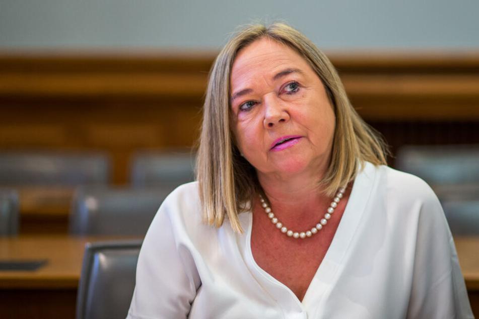 Die angeklagte Oberstaatsanwältin Elke Müssig (54) wurde gestern von einem BKA-Beamten entlastet.